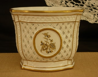 Italy Filigree Porcelain Vase