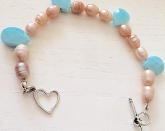 Pink freshwater pearls and turquoise drops bracelet