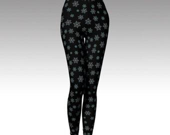 Snowflake Leggings, Black Legging, Snowflake Capris, Black Capris, Activewear, Printed Legging, Women Legging, Running Legging, Yoga Legging