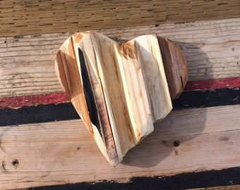 """Reclaimed reclaimed wood 7"""" Valentines heart"""