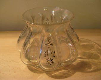A beautiful antique vase arts and crafts from England with a pearl of parlemoer...c. 1910