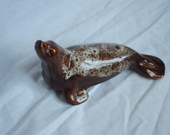 Fosters Pottery Cornwall UK - Seal Honeycombe glaze