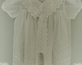 Old dress baby 9 months thin cotton tie lace