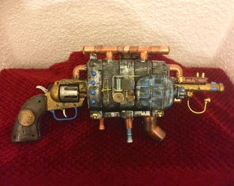 Steampunk, Cosplay, Burning man, costume toy revolver
