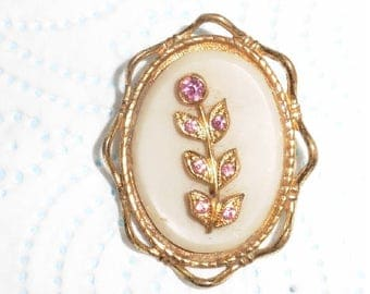 Old Vintage Gold Plated brooch with flower pink stones