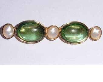 Vintage Gold Plated Brooch Faux Pearl and green