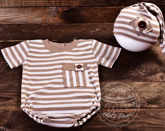 Short sleeve boy onesie made of beige striped jersey fabric.Hat in set.Size 6-9 mo,1 RTS