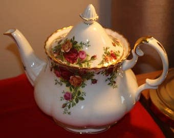 Royal Albert Old Country Roses Tea Pot 2nd
