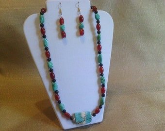 174 Large Striped Rectangular Turquoise Center Stone Agate Beaded Necklace