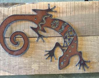 Gecko metal cutout, southwestern pattern, southwestern home decor, southwest metal art, rustic home decor, gecko wall art,