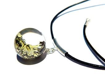 Resin moss sphere pendant