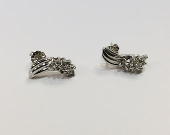 DISCOUNT Vintage 14k White Gold Diamond Swoop Drop Stud Earrings