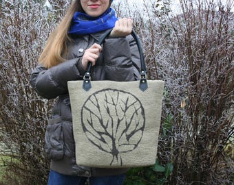 Nice bag has hand felted wool and leather 'tree of life'
