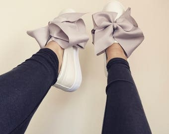 Maisy Bow Sneakers