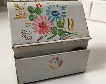 Hand Painted Match Box That Can Hang On The Wall From The 1950's, American Vintage