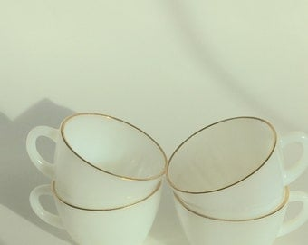 Anchor Hocking Suburbia White with Gold Trim Cups