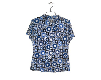 Y2K Blue Floral Print Pattern 70s Revival Button Down Short Sleeve Blouse (Women's Size Large)