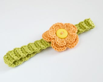 Crochet baby headband with flower and button (orange and green) for 0-3 months babies