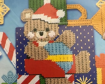 Plastic Canvas Teddy and Gifts Wall/Door Hanging kit