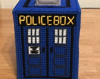 Doctor Who TARDIS Tissue Box Cover -- Plastic Canvas -- FREE SHIPPING