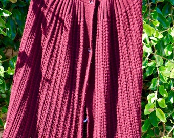 Awesome Vintage 70's Rubn's Burgundy Knit Poncho Shawl / Cape * One Size.