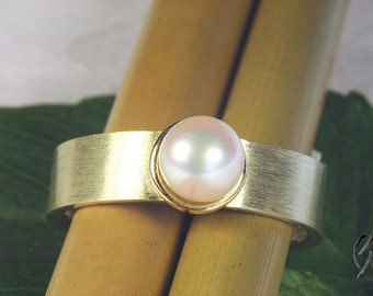 Ring gold 585 / - with Akoya pearl, Pearl ring, handmade