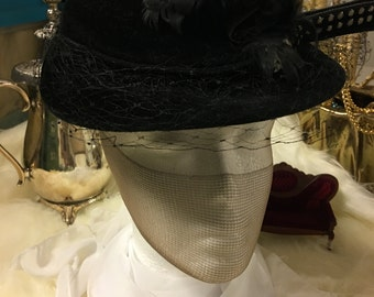 Black Hat w/feathers and veil