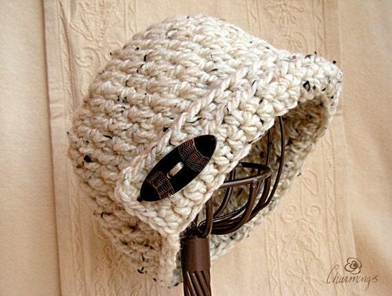 The Ava Cloche, Cream Crochet Cloche, Woman's Hat, Flapper Hat, Flapper Cloche