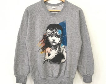Rare!! Vintage 80's LES Miserables 1986 Musical Film Sweatshirt Poly/Cotton Heater Grey Pullover Jumper Medium Size Made In Usa