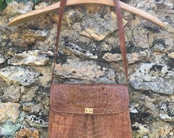 Handbag vintage, real crocodile color camel, Brown alligator wear french shoulder 1970 retro