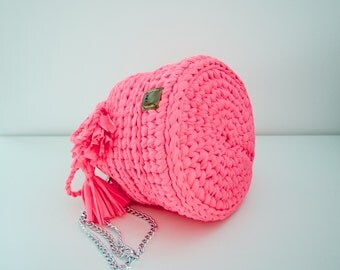 Handmade Crochet Bucket Bag with removable chain handle