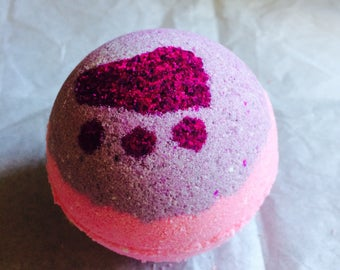 Pink Blast Bubbling Bath Bomb