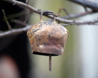 Antique brass bell, Vintage brass bell, Old cow bell, Vintage brass cow bell,  Collectible bell, Farmhouse rustic bell, Rustic home decor