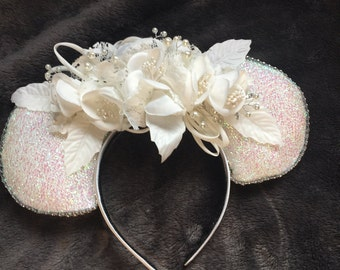 Disney wedding ears,Micky & Minnie ears.