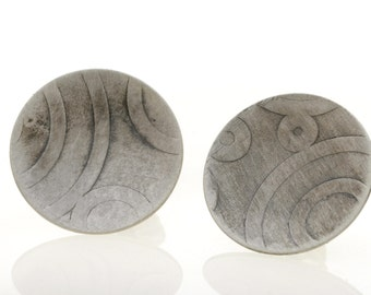 Oxidized sterling silver concave disc, Earring post with pattern