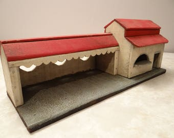 folk art old collectible stable barn building miniature painted wood vintage gift collection