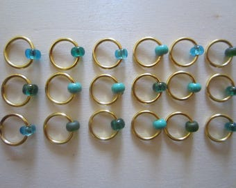 18 Stitch Markers, Gold with Turquoise Bead / Snagless Round Metal