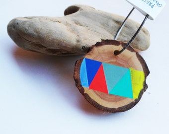 Handmade wooden keyring natural wood original.