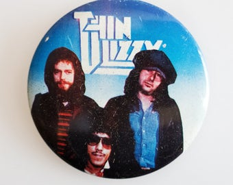 """Thin Lizzy - Vintage 1970s 2.5"""" Pin Back Button Badge"""