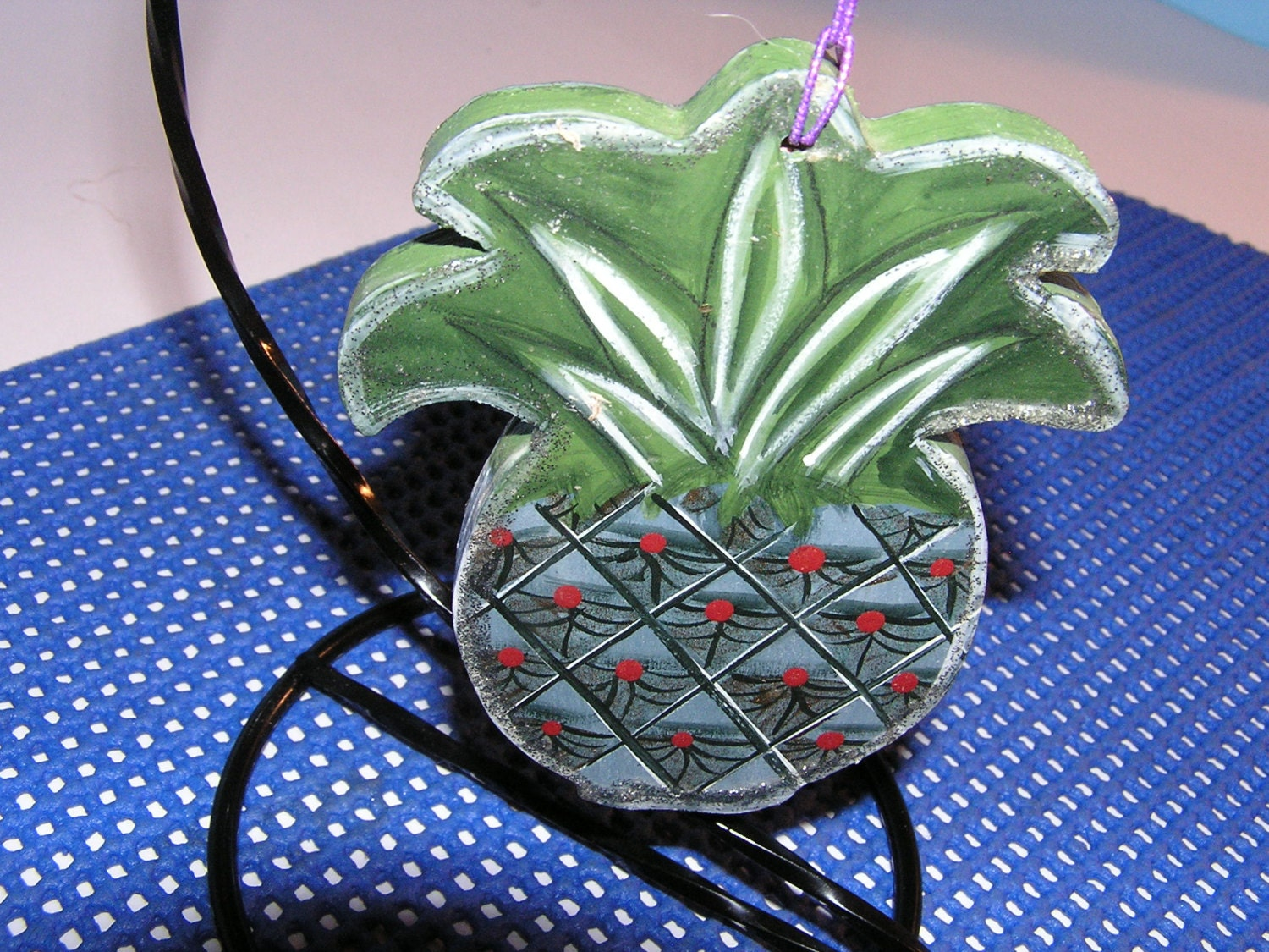 Details This Pineapple Christmas Ornament