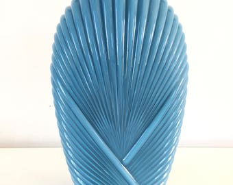 Vase Art deco pleated beside turquoise blue XL