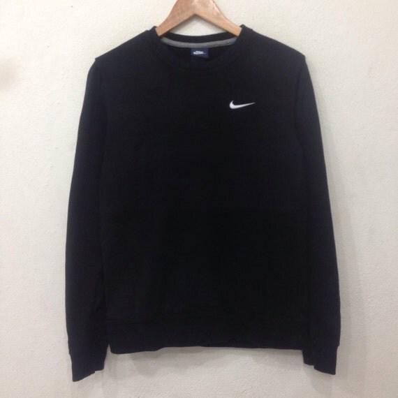 Rare !! Vintage NIKE Sweatshirt Crewneck Small Logo Black Colour Medium Size