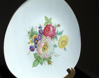 "Flora Keramiek Gouda Holland 1960s gilt-edged ""Carla"" design wall plate"