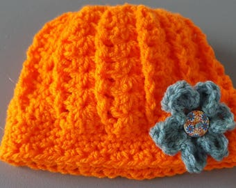 Cute hat with a flower on the front - baby - orange - warm!