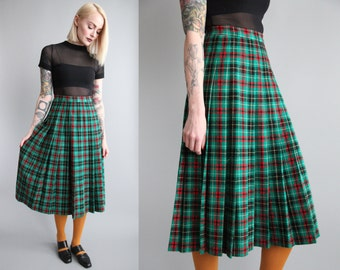 "SALE - Vtg 70s PENDLETON Wool Plaid Pleated Midi Skirt 26"" Waist sz XS/S"
