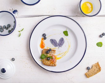 Enamel dinner plate, enamel camping plate, enamelware, enamel camp plate, camping plate, vintage dinner plate, outdoor plate, Spring plate