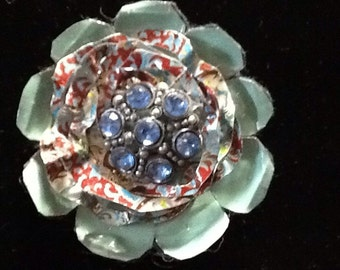 Vintage tin brooch