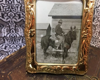 Vintage Victorian style frame with old photo