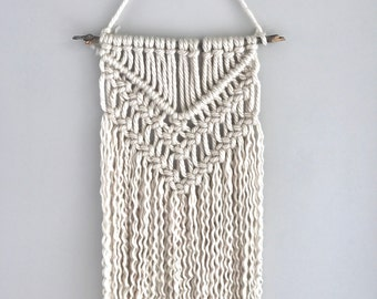 Macrame wall hanging | yarn macrame | tapestry | nursery decor | boho wall hanging