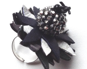 Black and white flower ring/ Leather flower ring/ Monochrome ring/ White Grey Black ring/ unique ring/ one of a kind/ statement ring